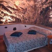 Casa cueva El perucho, hotel in Güimar