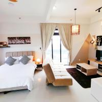 Jasmic Meridin Executive Suites by Vhost, hotel in Nusajaya