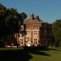 Raithby Hall, hotel in Spilsby