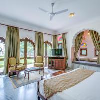 Talabgaon Castle Heritage Resort, hotel in Sarīma
