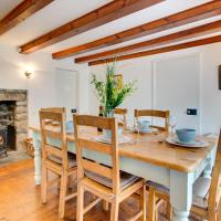Vintage Holiday Home in Blisland Cornwall with a garden
