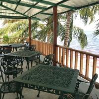 Hostal Luxury El Caribeño, hotel in Playa Larga
