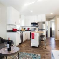 8639: Laneway home near West Edmonton Mall with Air Conditioning