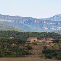 Casa rural Sant Grau turismo saludable y responsable, hotel in Solsona