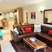7 The Village Hout Bay Beach, hotel in Hout Bay Beach, Hout Bay