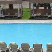 Guizado Portillo Hacienda & Resort, hotel in Lunahuaná