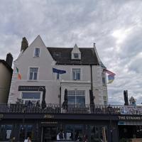 The Strand Hotel former Home of Oscar Wilde & Caffe Vergnano 1882