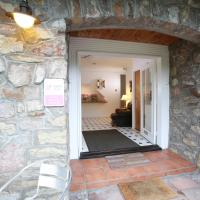 Ewenny Farm Guest House, hotel in Bridgend