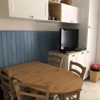 Appartamento curato con giardino, hotell i Marina Romea