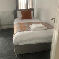 The Rothwell Guest Apartment, hotel in Kettering