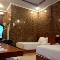 Hotel New Merdeka, hotel in Pati