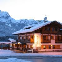 Hotel Piccolo Pocol, hotel in Cortina d'Ampezzo