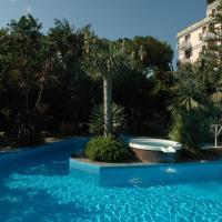 Reginna Palace Hotel, отель в Майори