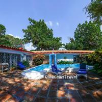Luxurious Villa la Ceiba