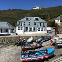 Penelope - Mullion Cove Harbour Apartment