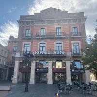 Hotel Suís, hotel em San Celoni