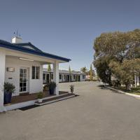 Colonial Motel & Apartments, hotel in Young