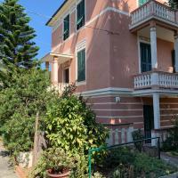 Resort Villa Rosa Maria, hotel in Savona
