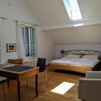 Rooms-Zimmer, hotel in Neuhausen am Rheinfall
