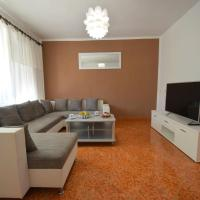 Apartments Blazevic, hotel near Rijeka Airport - RJK, Omišalj