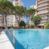 Nice apartment in Sant Pol de Mar w/ Outdoor swimming pool, WiFi and Outdoor swimming pool
