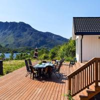 4 star holiday home in Hennes, hotel in Hennes