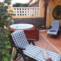 Casa Vazquez, hotel in Costa Del Silencio