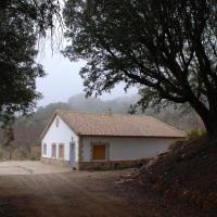 Casa Rural Las Encinas, hotel en Marchena