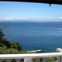 Apartment Boto - 20m from the sea, hotel in Merag