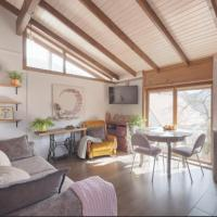 Handmade Mountain View guesthouse