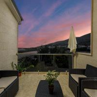 Studio Holiday Adriatic, hotel in Pag