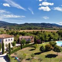 Borgo Il Villino, hotel a Casole d'Elsa