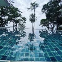 Redrock Lanta Beach Resort & Villas, hotel in Ko Lanta