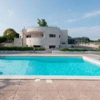 Luxury Villa Montedoro, hotel in Noci