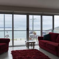 Casey's Beach Retreat, hotel em Batehaven
