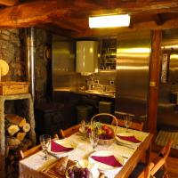 Restored, rustic and rural mini cottage in typical Portuguese village