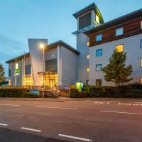 Holiday Inn Express Walsall M6, J10