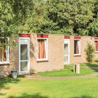 Three-Bedroom Holiday Home in Vledder