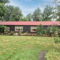 Awesome home in Kollumerzwaag w/ 2 Bedrooms