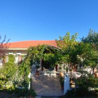Villa Dream Garden, hotel in Agios Georgios