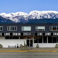 Crash Hotel Squamish, hotel em Squamish