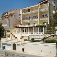 Villa King Apartments, hotel v destinaci Brela
