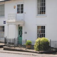 Chatley Coach House, hotel in Warminster