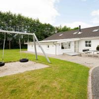 Four-Bedroom Holiday home in Egå