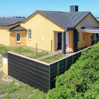 Three-Bedroom Holiday home in Thisted 18, hotel i Klitmøller