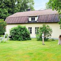 Five-Bedroom Holiday home in Stora Sundby