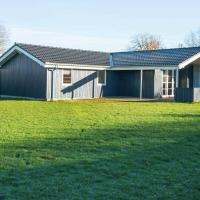 Three-Bedroom Holiday home in Børkop 12