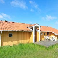 Three-Bedroom Holiday home in Oksbøl 38 – hotel w mieście Vejers Strand