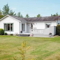 Three-Bedroom Holiday home in Stege 13