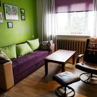 Linden apartment for feels like home stay, hotel in Brocēni